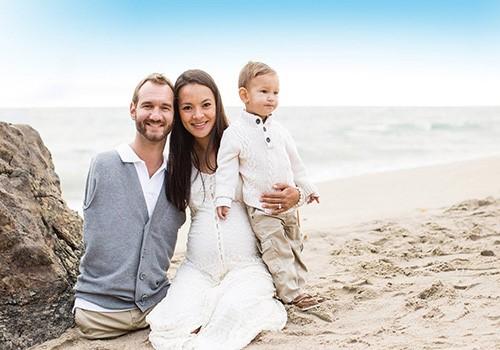 همسر و فرزندان نیک